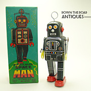 Japanese Robot Mechanical Walking Spaceman Tin Wind-up Toy - Mint in Box