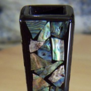 Vintage  New Zealand Whakaturi Abalone Mother Of Pearl Inlayed Vase