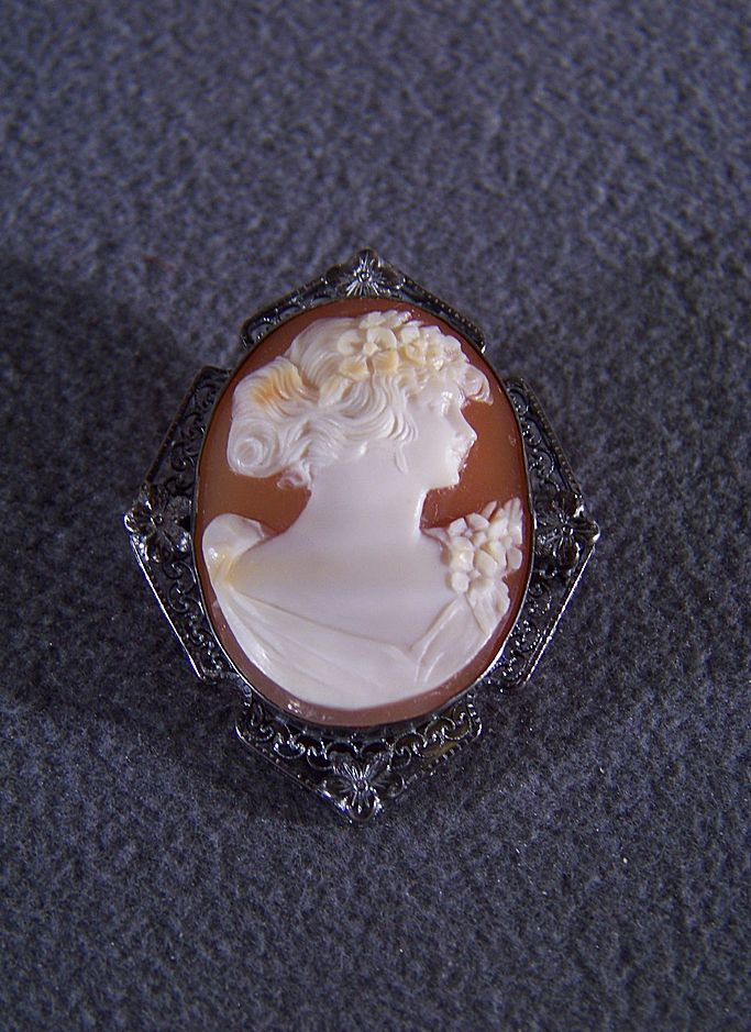 Vintage Sterling Silver Fancy Filigree Carved Cameo Pin Brooch