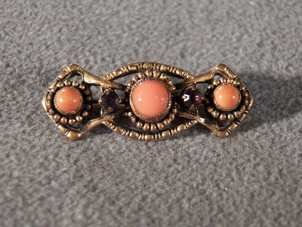 Vintage Yellow Gold 3 Round Faux Coral Purple Rhinestone Tone Fancy Filigree Regal Pin Brooch