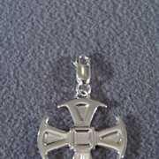 SALE Vintage Sterling Silver Smooth Bold Cross Pendant Charm