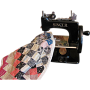 SOLD Thank you 'C'_Child's Toy Singer Sewing Machine with Doll Quilt