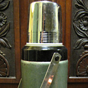 SOLD Vintage Stanley Aladdin Thermos Classic Bottle A-944C 32 Oz Quart Capacity‏