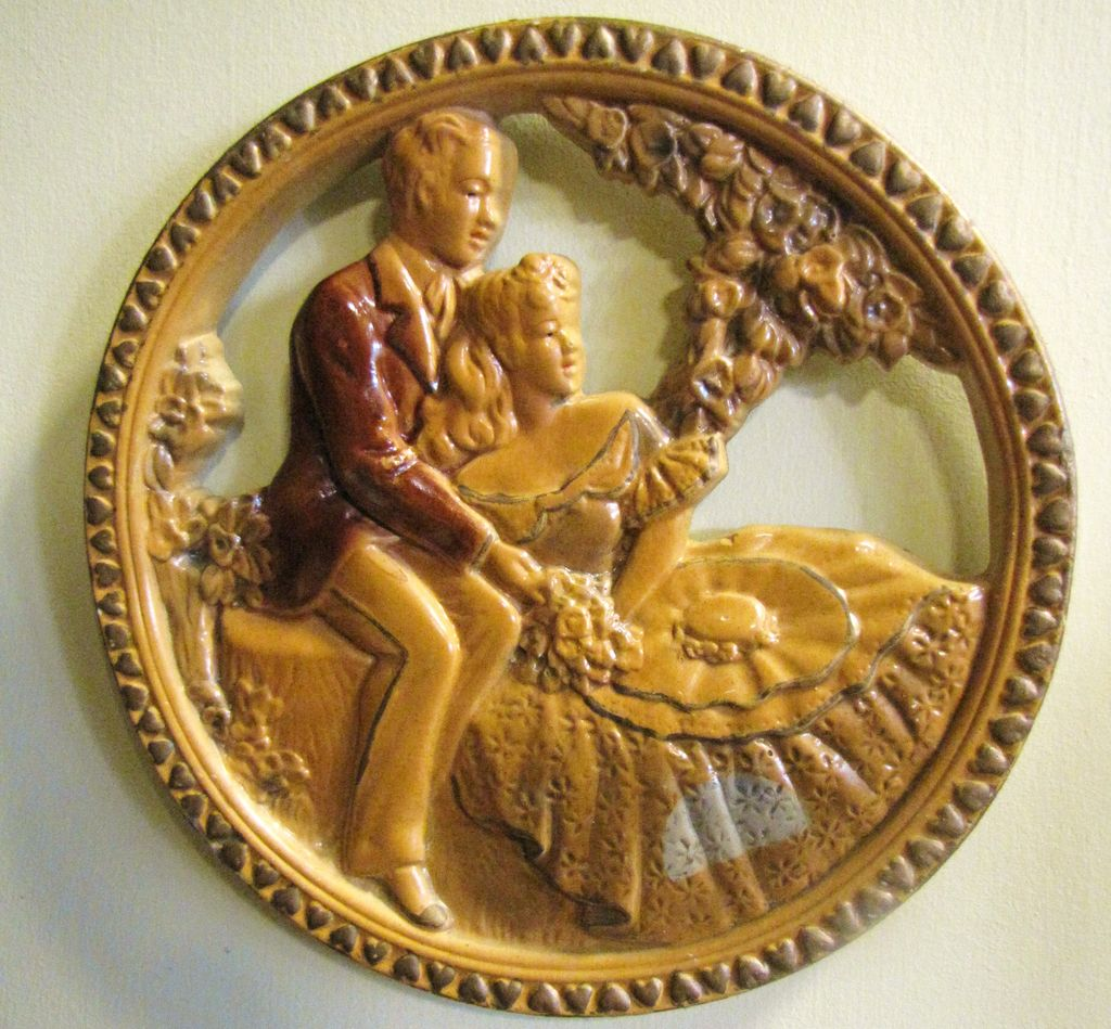 Nice Early Vintage Romantic Couple Charming Chalk Ware Plaque