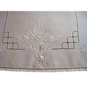 SALE Long Set of 10 Linen Place Mats, Loaded with Embroidery