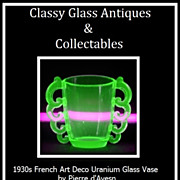Rare 1930s French Art Deco Uranium Glass Vase by Pierre d'Avesn for Daum Freres