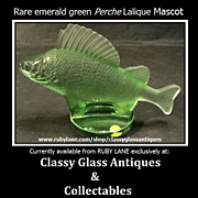 Retired & Scarce Emerald Crystal Glass Perch Car Hood Mascot Paperweight by Lalique.