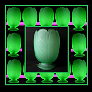 SALE PENDING 1930s English Art Deco press molded URANIUM glass lamp by Bagley – Tulip patter