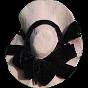 SALE Pretty Pink Felt With Black Velvet Ribbon Hat, Circa 1890-1910