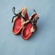 19th c. Red Leather Bootines With Lace Decoration
