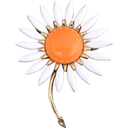 Vintage Trifari Orange And White Lucite Daisy Pin