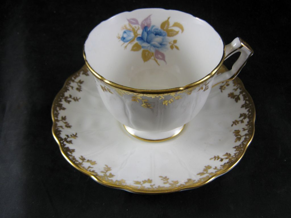 aynsley fine bone china cup saucer blue rose gold trim from rubylane sold on ruby lane. Black Bedroom Furniture Sets. Home Design Ideas