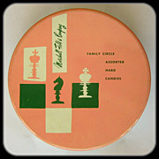 Vintage Marshall Field's Candy Tin, Chess Players