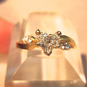 Extremely Unique Heart Brilliant Cut Diamond in 14K Yellow Gold