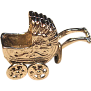 Adorable Sterling 3D baby carriage