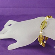 SALE 16.7 Grams of 18K YG  - Bracelet with Japanese Akoya Cultured Pearls, 8 Inches