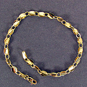 SALE 14K Yellow Gold Bracelet  7 5/8 Inches