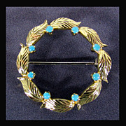 18K Yellow Gold Circle Pin, Wreath Pin, with Turquoise Cabochons