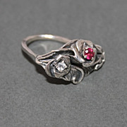 Ring Sterling Silver Two Facet Moonstones Facet Garnet