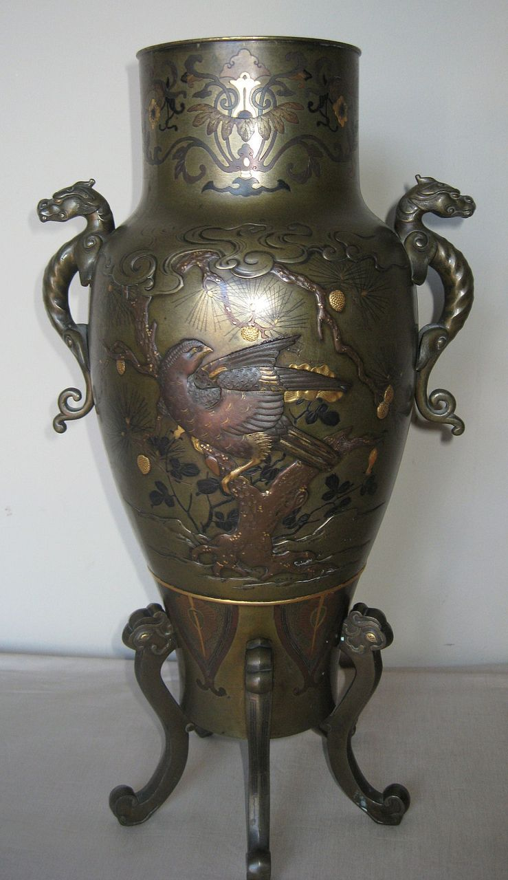 Magnificent Japanese Meiji Bronze Vase