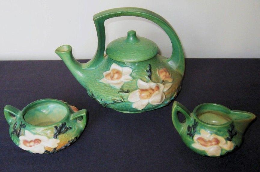 Roseville Pottery Magnolia Tea Service Pot Circa 1943