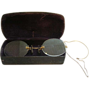 Antique Rimless 12K Rimless Pince Nez Eye Glasses With Ear Hook on Chain & Case
