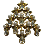 Signed BW Angel Christmas Tree Pin Broach Book Piece