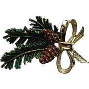 Vintage Signed Gerrys Christmas Pine Boughs Pin Broach