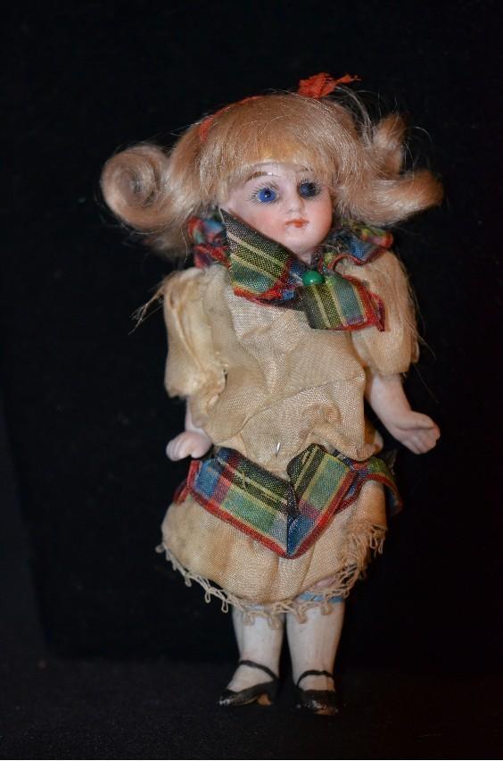 Antique Doll Mignonette French Market Miniature Dollhouse Swivel Neck