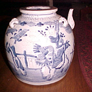 Chinese  Swatow oil pot Qing dynasty C. 1850