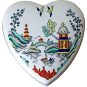REDUCED Coalport Chinese Willow bone china heart/Valentine-shaped trinket box