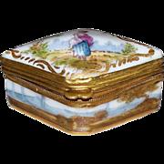 Antique French Choisy Le Roy Porcelain Tiny Box  circa 1820