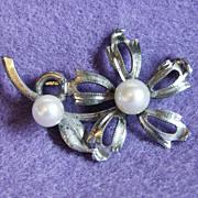 Gorgeous STERLING & Cultured Pearl Figural Flower Vintage Estate Brooch