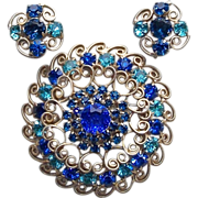 Fabulous D&E JULIANA Blue & Aqua Rhinestone Vintage Estate Huge Pin Brooch SET