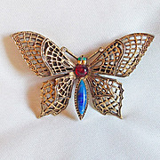 SALE Fabulous ART Signed Vintage BUTTERFLY Jeweled Filigree Estate Pin Brooch
