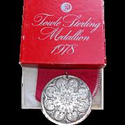 Fabulous 1978 TOWLE STERLING Christmas Medallion Vintage Ornament or Pendant