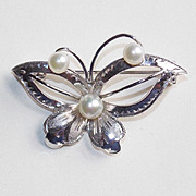 SALE Gorgeous Sterling & Akoya Cultured Pearl Butterfly Vintage Estate Pin Brooch