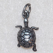 Awesome STERLING TINY TURTLE Vintage Charm