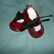 Sweet Vintage Red Leatherette pom pom Doll Shoes Free P&I US Buyers Postage