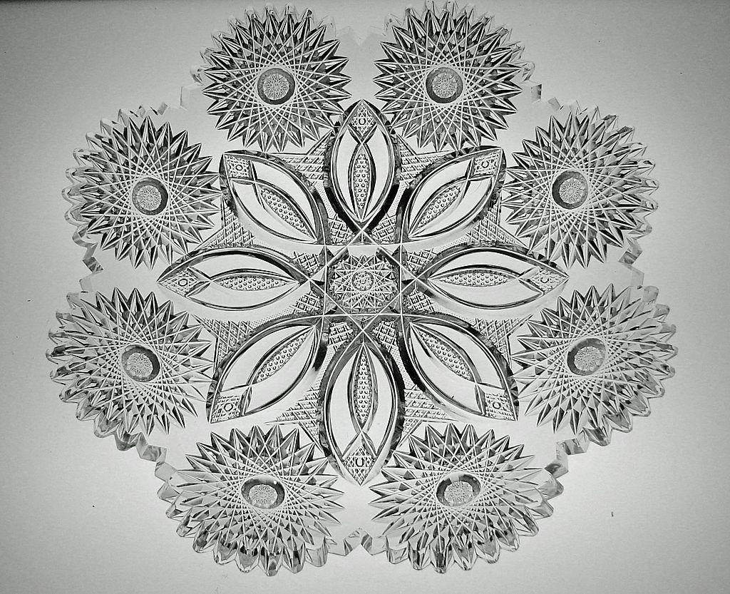 Fabulous ABP Cut Glass Plate in Libbey's Columbia Pattern