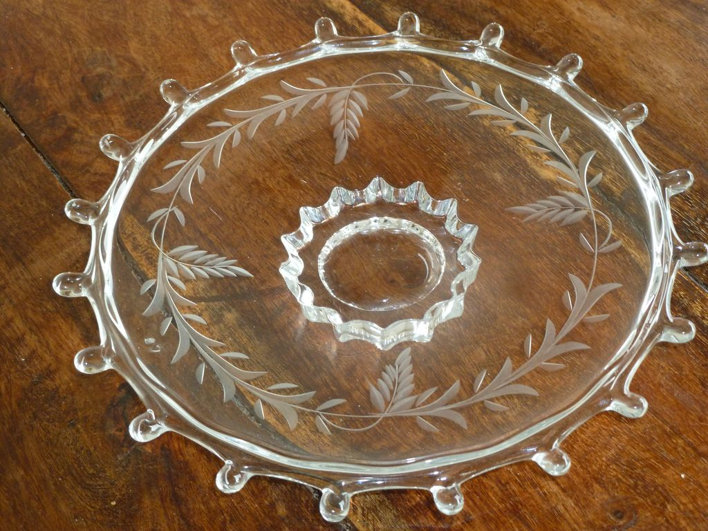"""Heisey Lariat Cut Pattern 7 1/2"""" Footed Plate Dish A.H. Heisey & Co"""