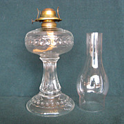 Scalloped Ribbon Band Oil Lamp