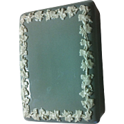Wedgwood Queensware Box/Lid with Applied White Grape Vines