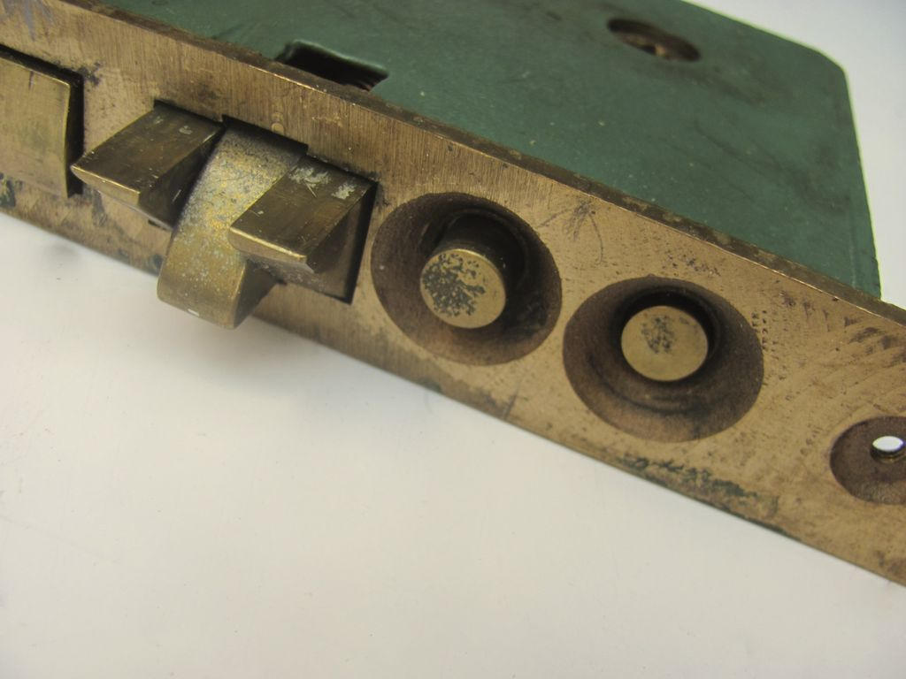 Arx2edoorknobslock 6l Jpg 80