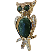 Vintage Faux Malachite Green Gold Tone Owl Pin