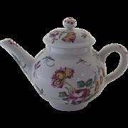 Vintage Franklin Mint Victoria Albert Museum Bow Teapot