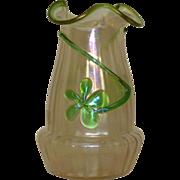 Kralik glatt ( iridescent )glass vase with applied clover