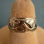Unusual Vintage White and Rose Gold Band Ring