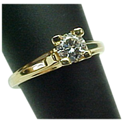Vintage 14 K yellow Gold VVS .25 Carat Round Diamond Solitaire Ring