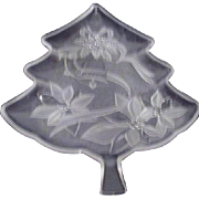 Home Beautiful Clear Glass Christmas Tree Plate with Frosted Decorations